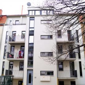 Projekt 2015: Mehrfamilienhaus mit Weru Fenstern Ug=0,4 und Inotherm Haustüre.